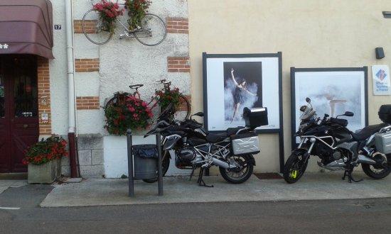 Bourbon-Lancy, Prancis: entrée principale