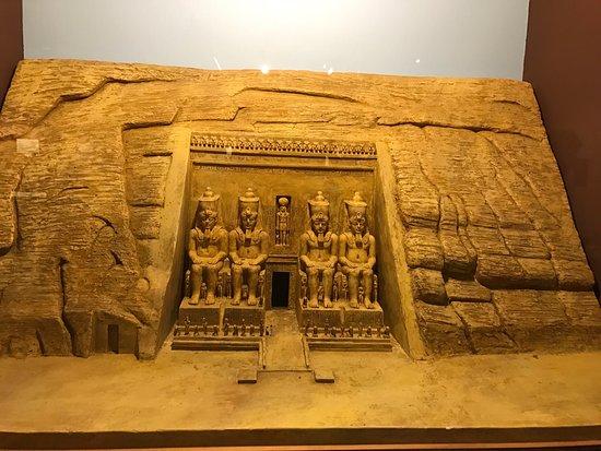 Rosicrucian Egyptian Museum: photo6.jpg