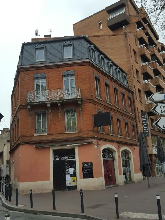 Le Cousture Hotel: 20170320_083937_large.jpg