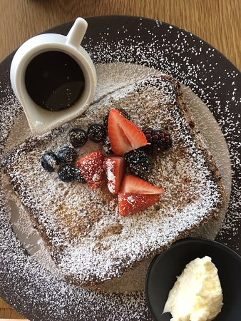Hunter, NY: Delish french toast.