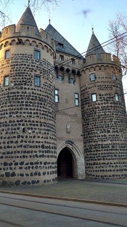 Neuss, Jerman: Altes Stadttor ist ein Teil des Museums