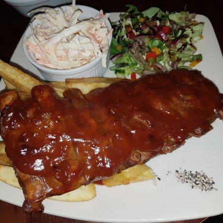 Morpeth, UK: Rack of pork ribs in BBC sauce