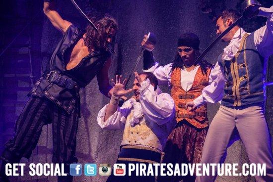 pirates adventure dinner show mallorca picture of pirates