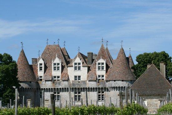 Monbazillac, Frankrig: Aperçu du château en arrivant par l'entrée principale.