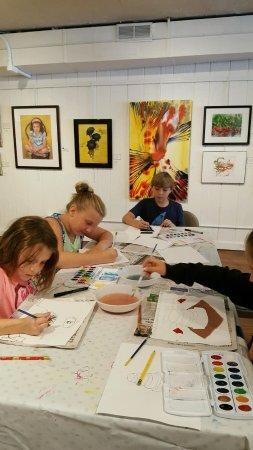 Lake Geneva, Ουισκόνσιν: Water color art class for kids