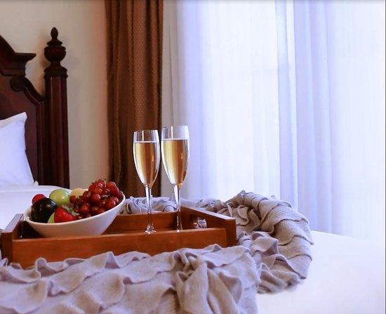 Atascadero, Kalifornia: Beautiful and comfortable rooms with natural light