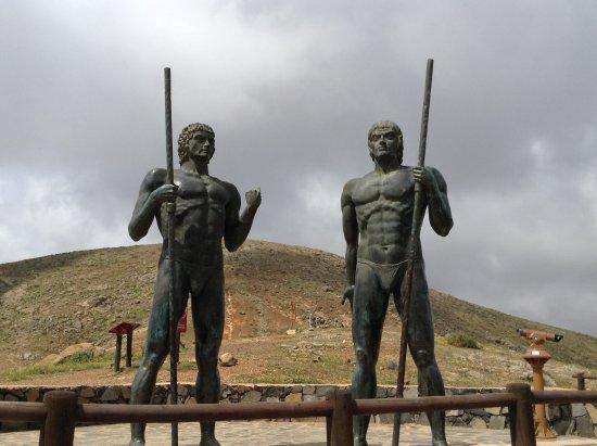 Betancuria, España: Statues