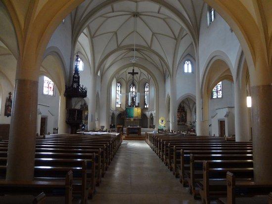 Römisch-katholische Kirche - Herz Jesu