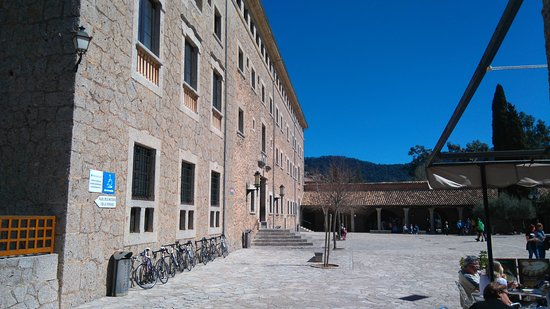 Lluc, Spagna: DSC_0011_large.jpg