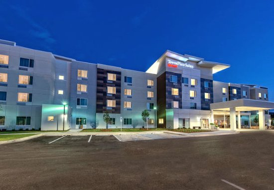 TownePlace Suites by Marriott Auburn Exterior