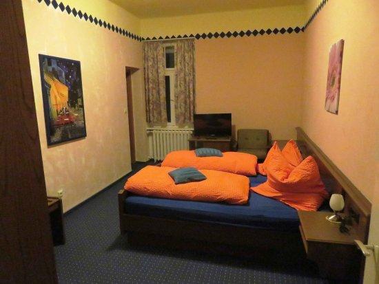 Burbach, Deutschland: Bett