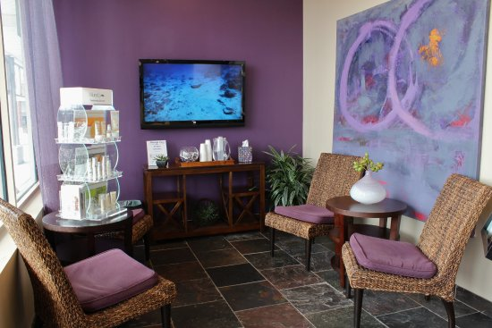 Customized, affordable and convenient Vernon Hills facials and massages