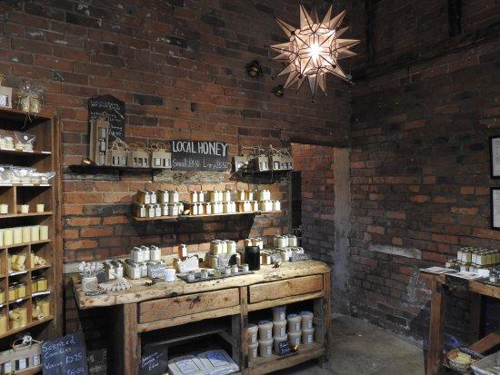 Knutsford, UK: The honey shop