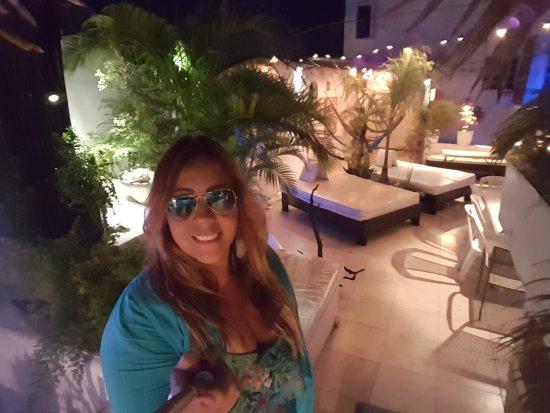 Hostelito Cozumel: 20170131_192912_large.jpg