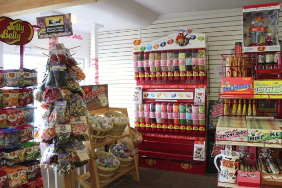 Rockaway Beach, Oregón: We have more candy varieties than we can count!