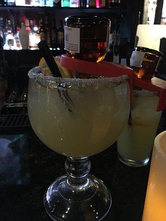 Γιακίμα, Ουάσιγκτον: Cadillac  Margarita