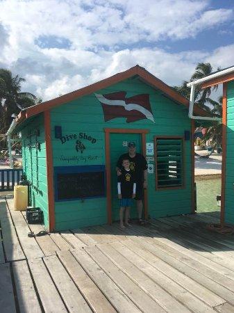 Tranquility Bay Resort: Dive Shop