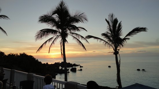 St. George's Parish, Bermuda: There are sunsets and then there is a Beach House 'sunset'!