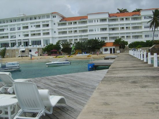 Tower Isle, Jamaica: View from the end of the pier of hotel