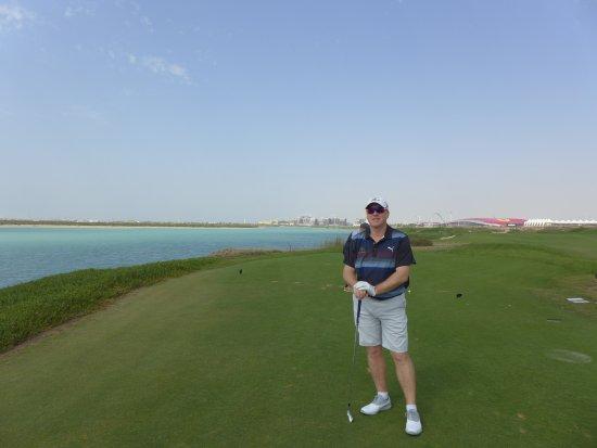 Yas Links Abu Dhabi : Yes