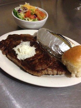 Vinita, Oklahoma: Friday Night (4-8pm) Rib Eye Steak Dinner