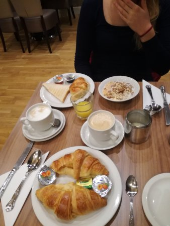 Sidney Hotel London-Victoria: IMG_20170322_084825_large.jpg