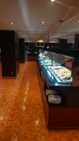 Anezi Tower Hotel: Buffet