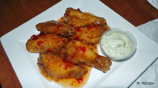 Madison Heights, MI: Sweet Chili wings!