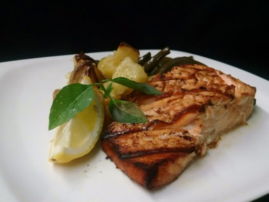 Emmitsburg, MD: Grilled Marinated Salmon