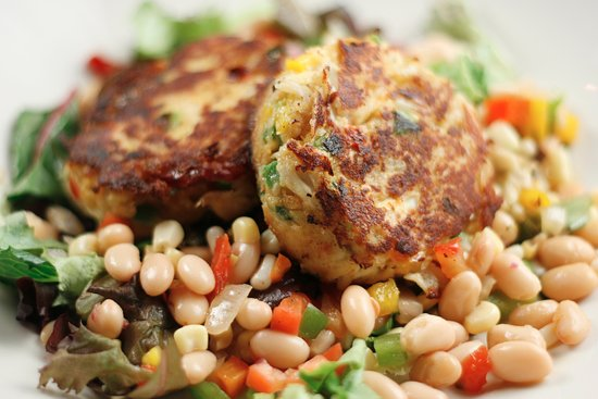 Flowood, MS: Crab Cakes