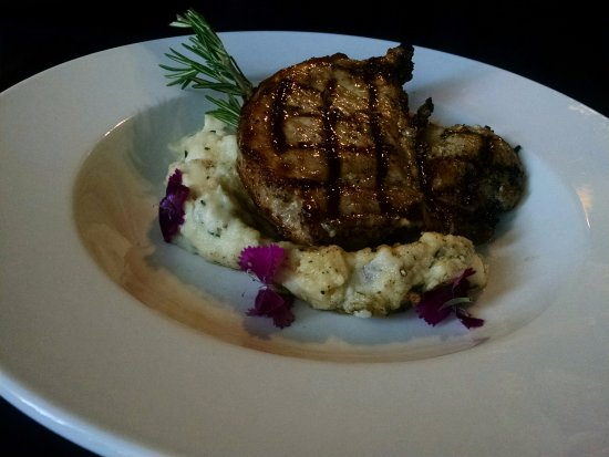 Emmitsburg, MD: Pork Chop Feature
