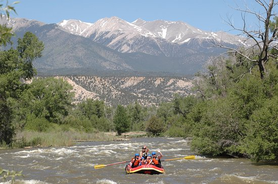 Buena Vista, CO: Mellow family float trips on the Arkansas River