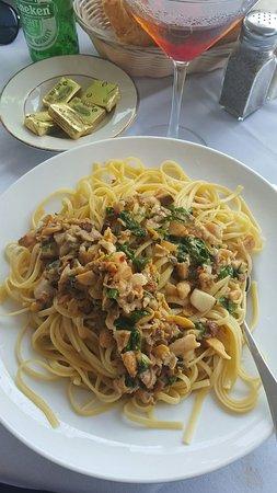 Merrick, نيويورك: Linguini White Clam 