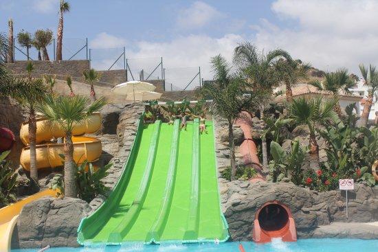 Hotel Los Patos Park Photo