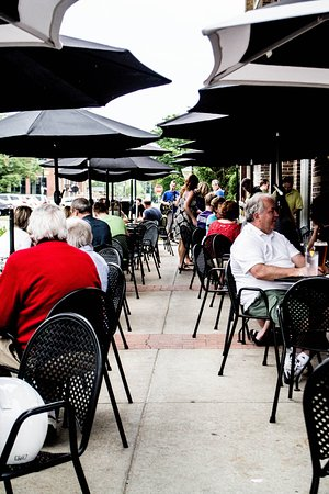 Carmel, IN: Music on the Patio