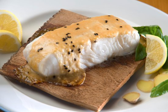 Grub Steak Restaurant: Halibut