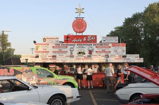 Oshkosh, WI: Summer Cruise Nights