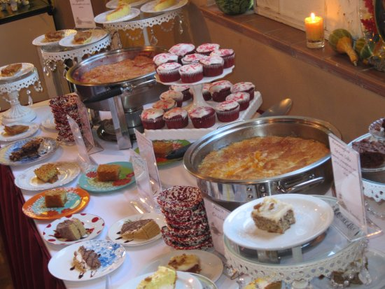 Belton, MO: Dessert buffet