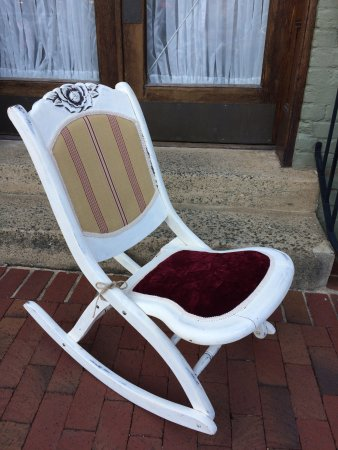 Warrenton, VA: chalk painted furniture