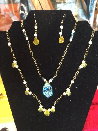Warrenton, Wirginia: hand crafted local artisan jewelry