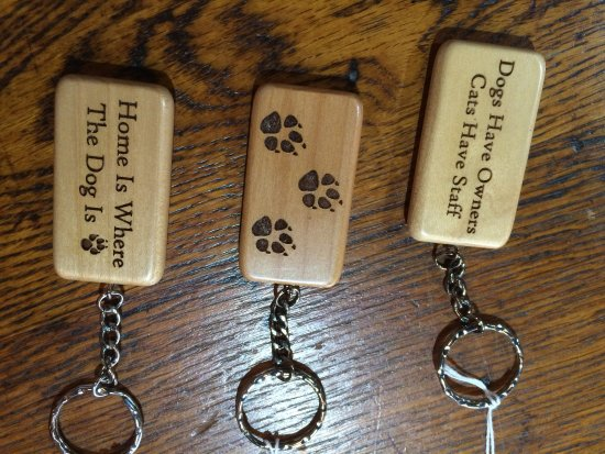Warrenton, Wirginia: locally made keychains