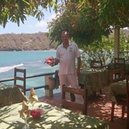 Crochu, Grenada: Bruno's restaurant under the mango  tree