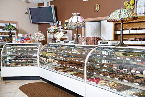 Lebanon, OH: Hundreds of varieties of chocolates to choose from!
