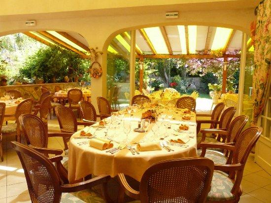 Le Pradet, Frankrike: Repas d'affaire, séminaire,anniversaire, départ à la retraite,repas de groupe