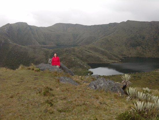 Cundinamarca Department, Kolumbien: Desde el mirador se observan dos de las lagunas...