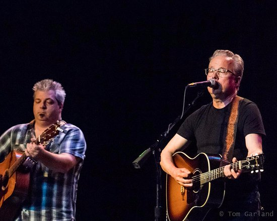 Duluth, GA: Radney Foster (Photo by Tom Garland).