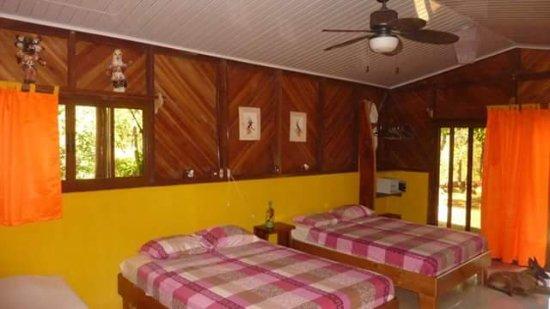 Fidelito Ranch & Lodge: Bedroom in the 2 bedroom bungalow