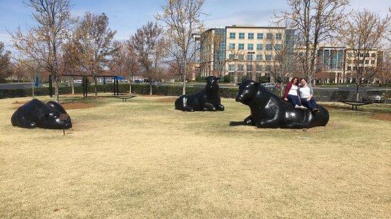 Reclining Bulls Statue