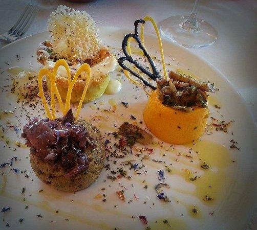 Arquà Petrarca, Italia: Antipasto con flan di verdure