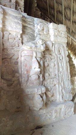 กินตานาโร, เม็กซิโก: Mascaron